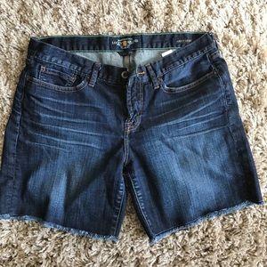 Lucky shorts